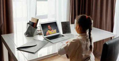 """La tecnología apoya la educación pero no superara el """"cara a cara"""""""